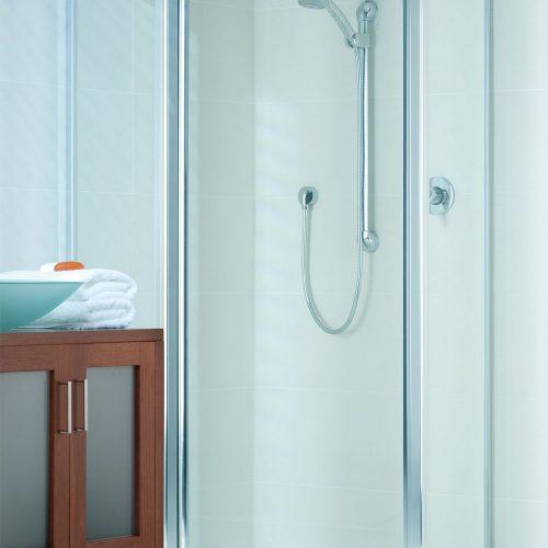 Shower Screen Melton
